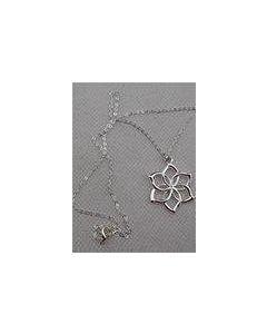 The Hobbit Galadriel Flower Necklace Pendant